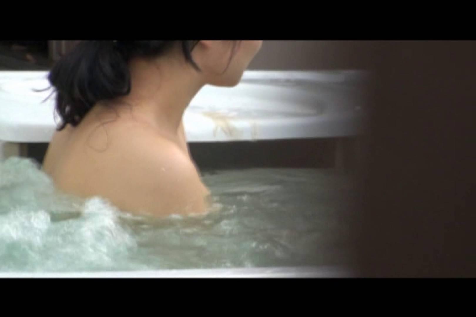 貸切露天 発情カップル! vol.07 露天風呂の女達   カップルのセックス  100連発 56