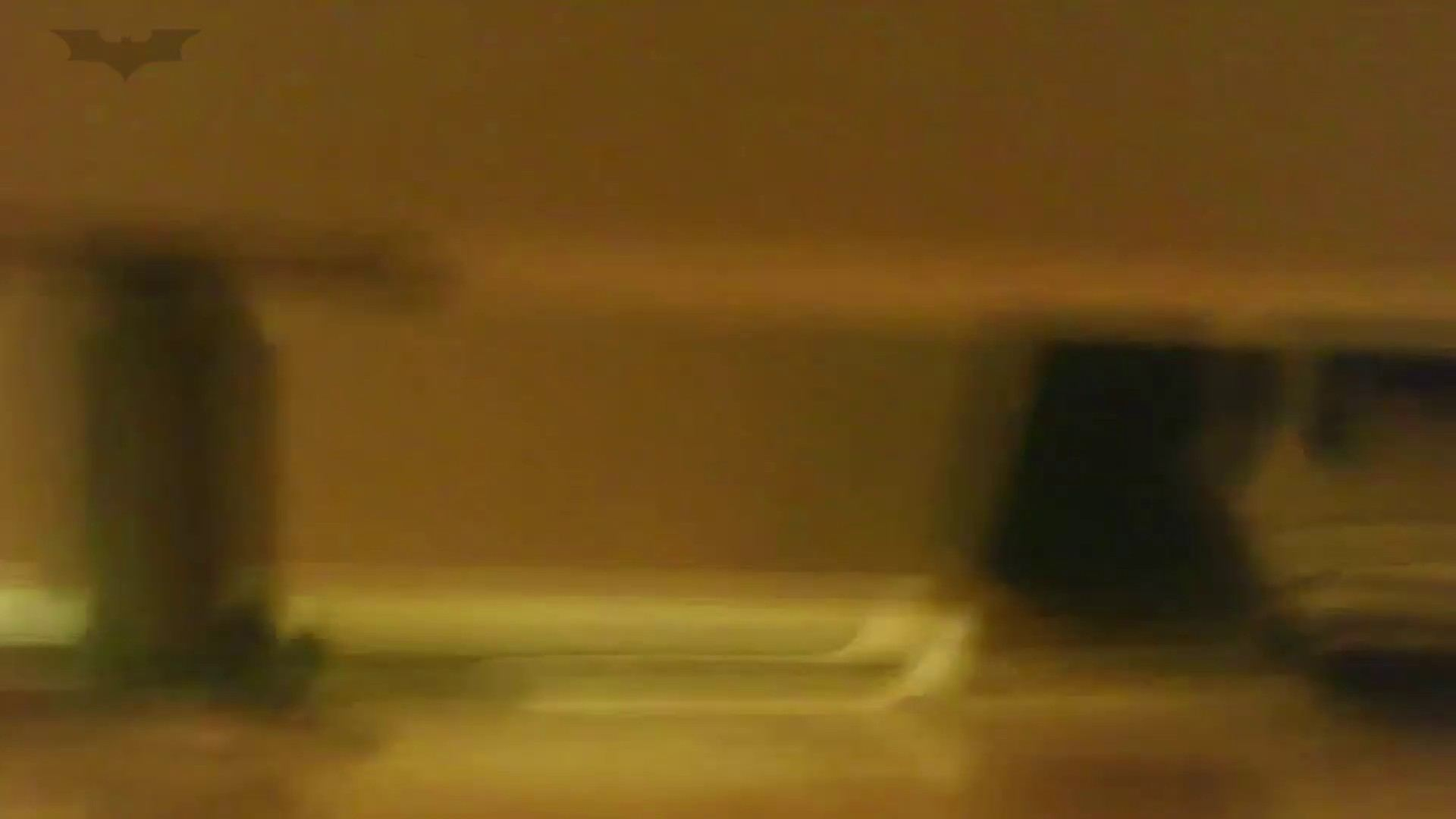 夏の思い出浜辺トイレ盗撮Vol.18 潜入エロ調査 | 盗撮エロすぎ  65連発 48