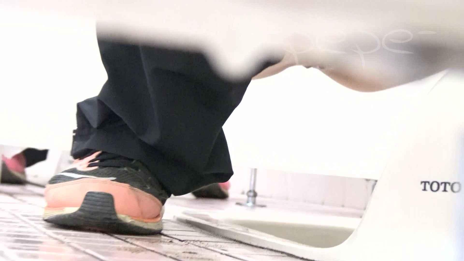▲期間限定D▲至高洗面所盗撮 25 至高の下方撮り!!若さ溢れる体育館編2!! 洗面所着替え | 盗撮エロすぎ  70連発 53