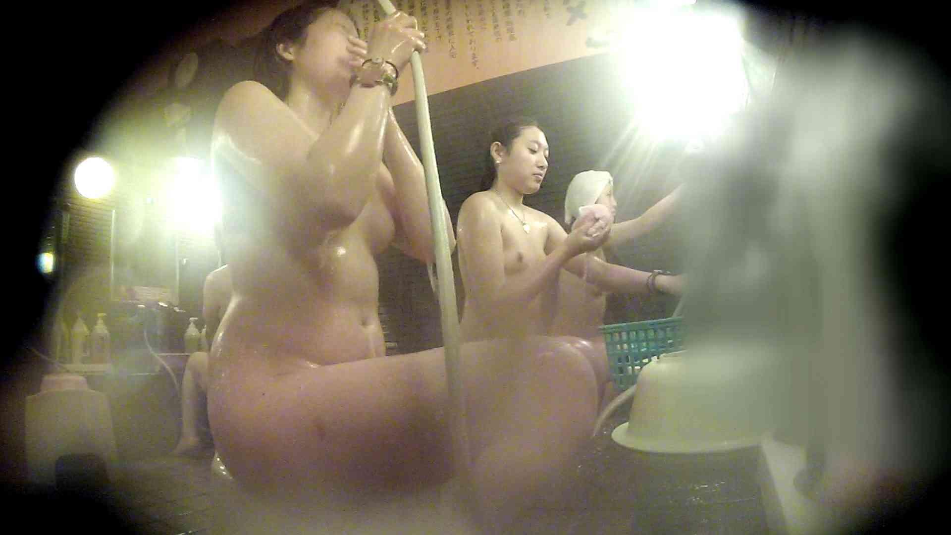 洗い場!お二人とも清楚でお美しいでございます。 銭湯   潜入エロ調査  76連発 24