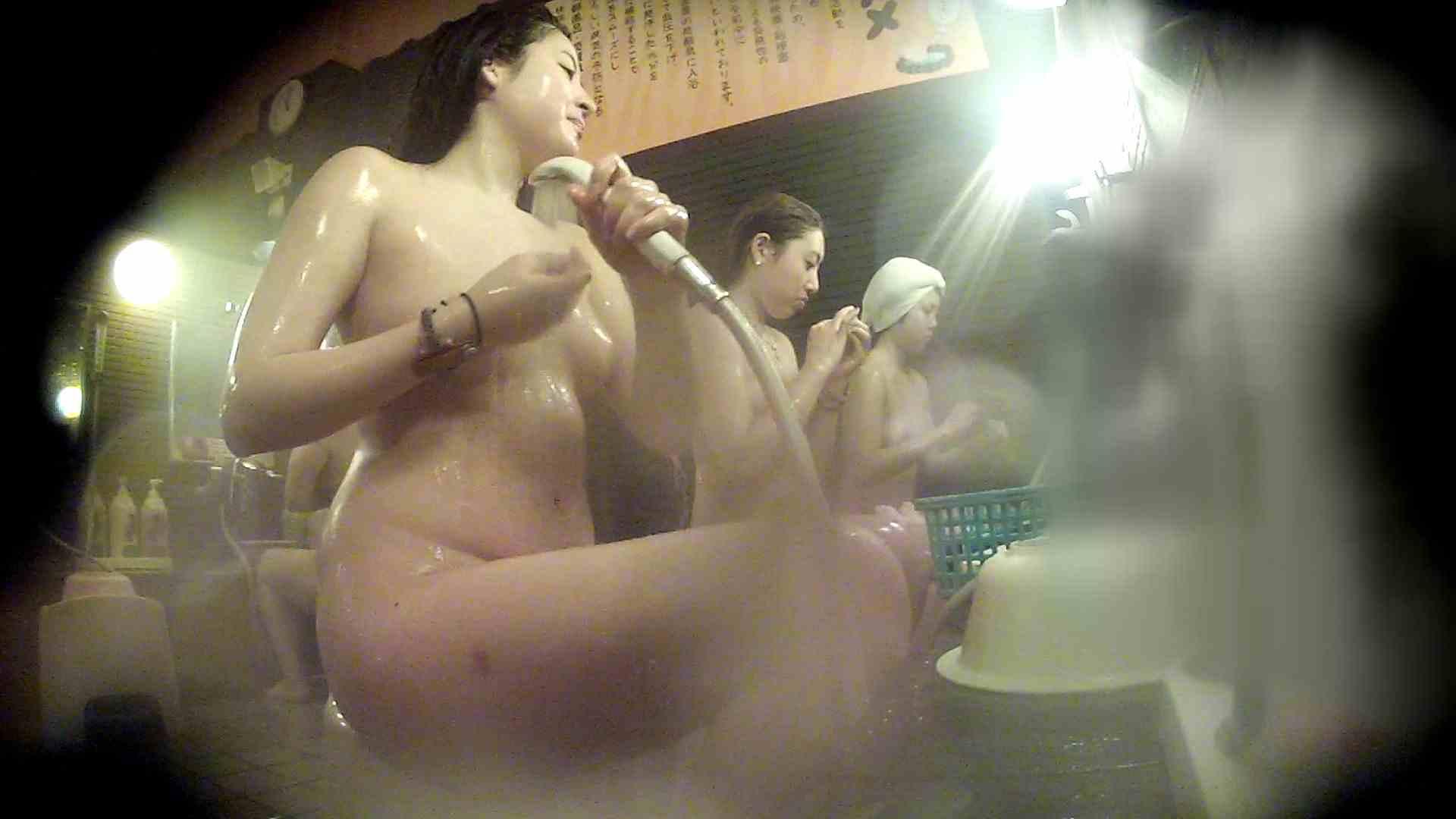 洗い場!お二人とも清楚でお美しいでございます。 銭湯   潜入エロ調査  76連発 26