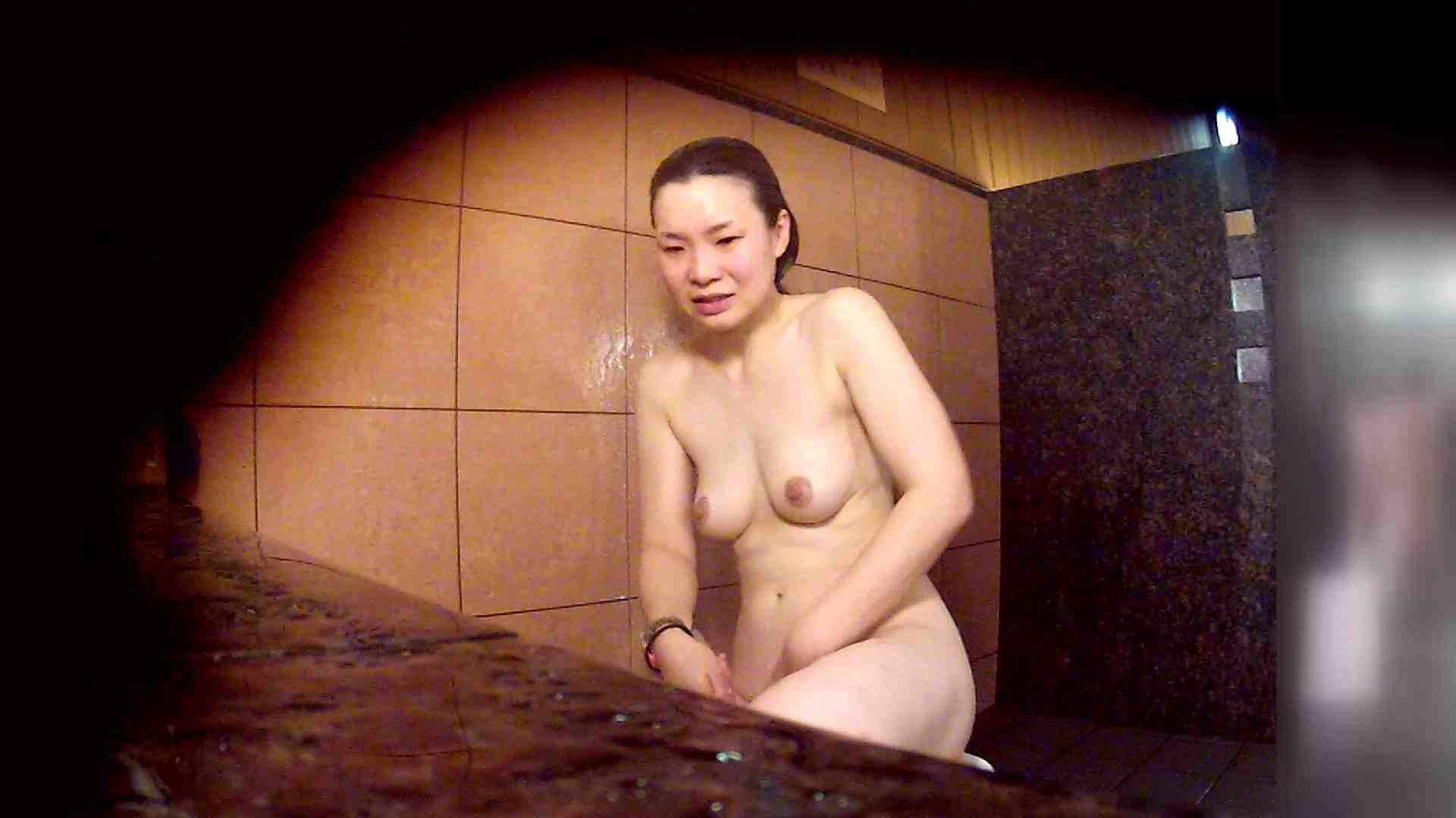 洗い場!マッスルお嬢さん!でもオッパイだけは柔らかそうです。 銭湯   潜入エロ調査  53連発 28