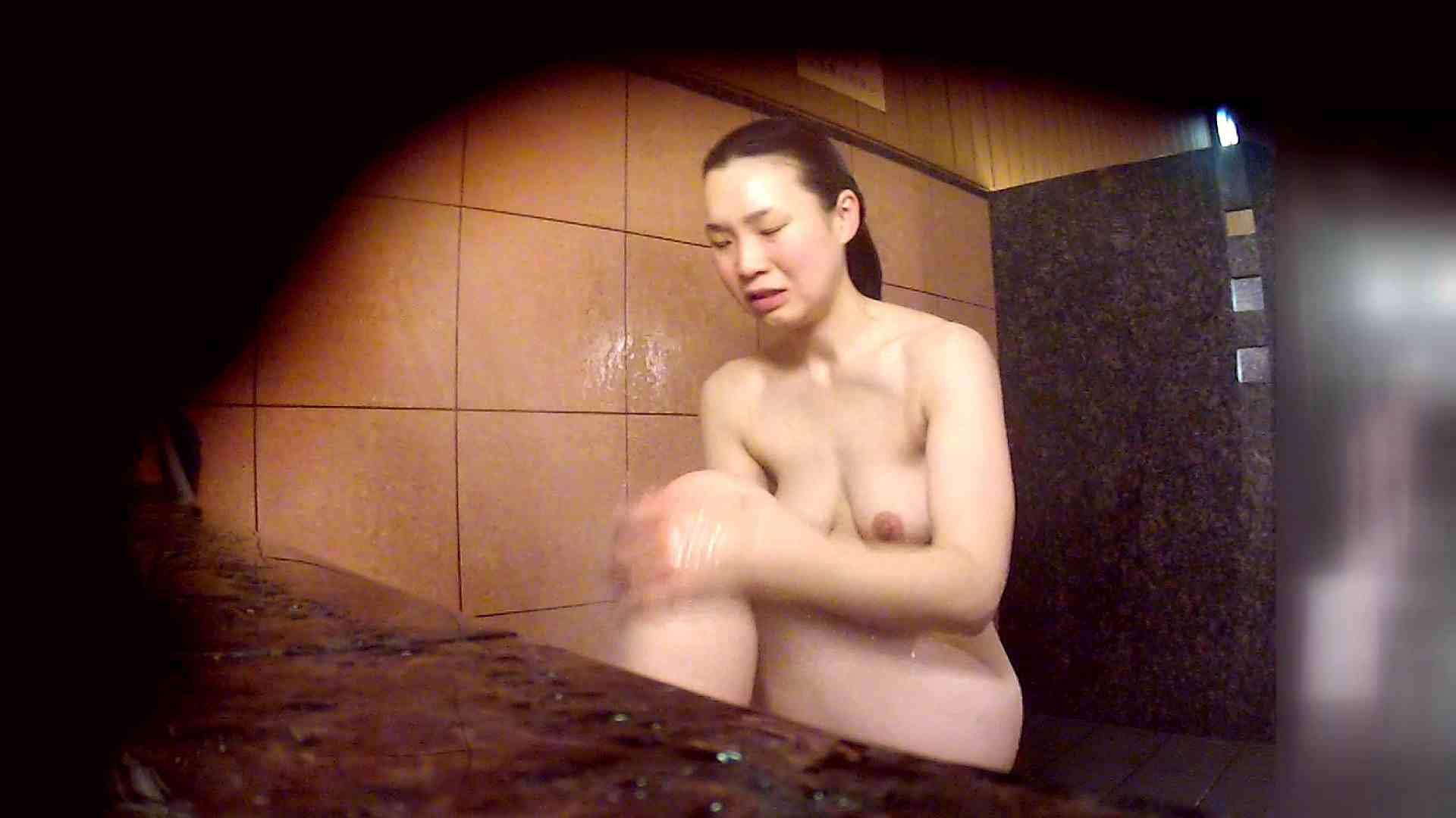 洗い場!マッスルお嬢さん!でもオッパイだけは柔らかそうです。 銭湯   潜入エロ調査  53連発 33