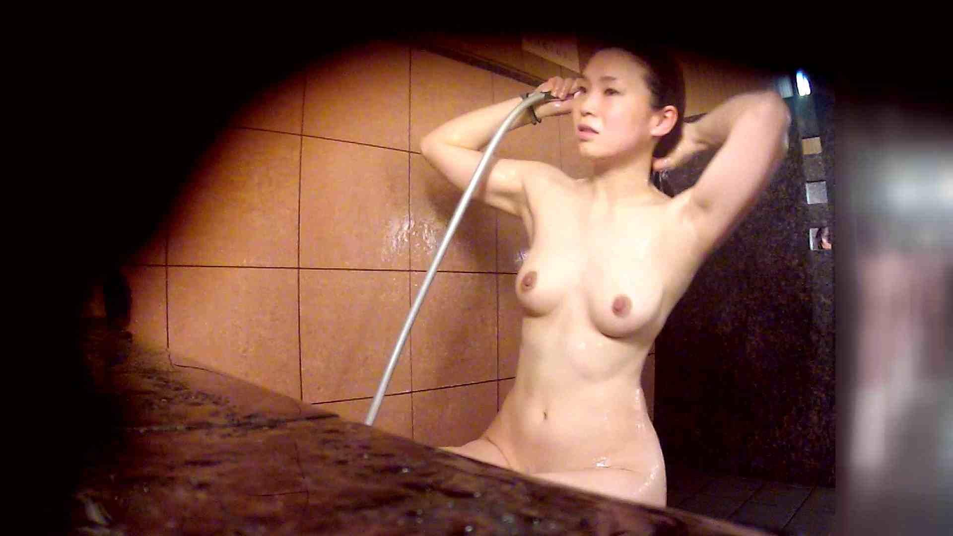 洗い場!マッスルお嬢さん!でもオッパイだけは柔らかそうです。 銭湯   潜入エロ調査  53連発 45