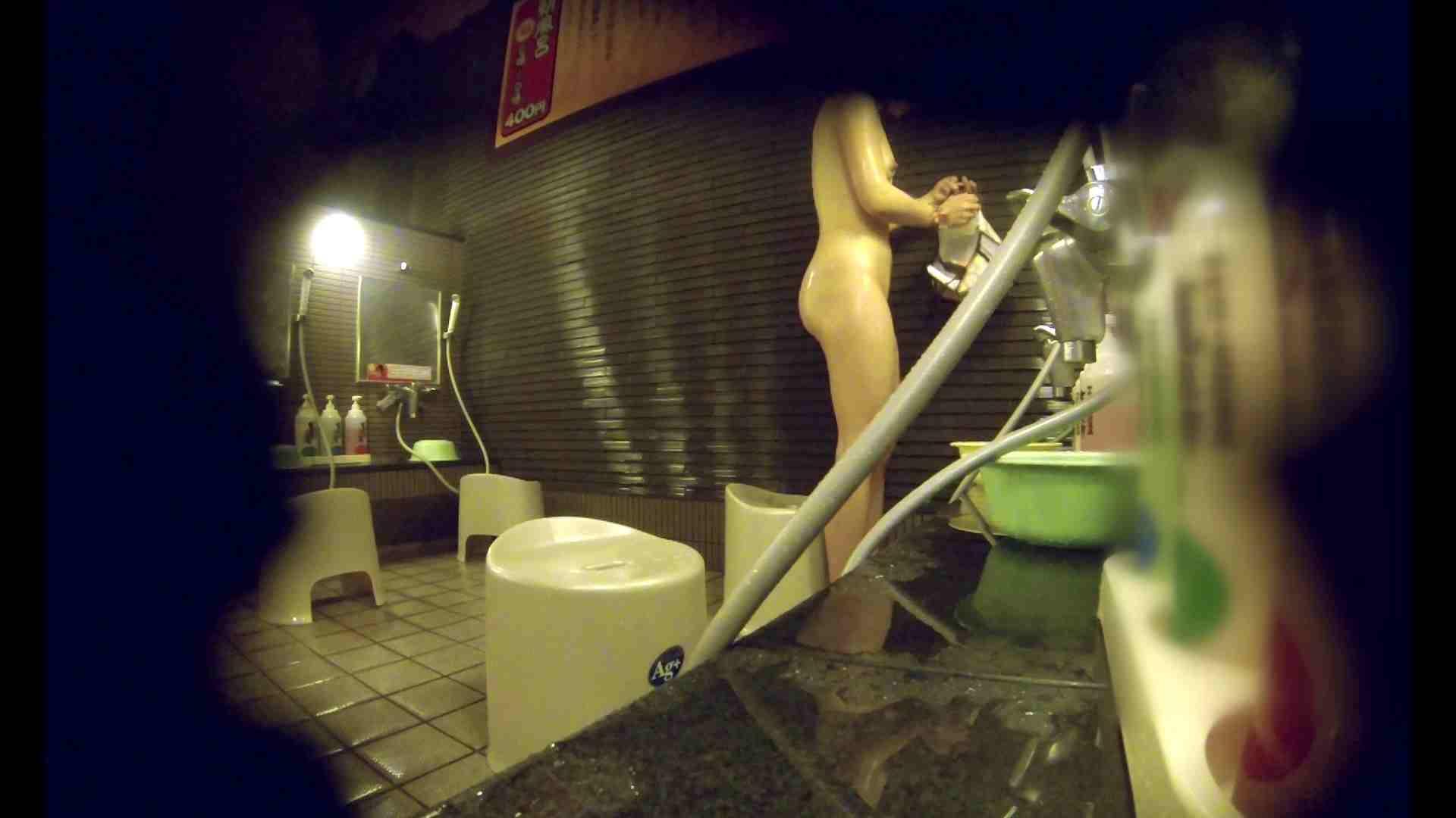 洗い場!しかし・・・綺麗な顔をしてますね。結婚したいな。 潜入エロ調査 | 銭湯  72連発 6