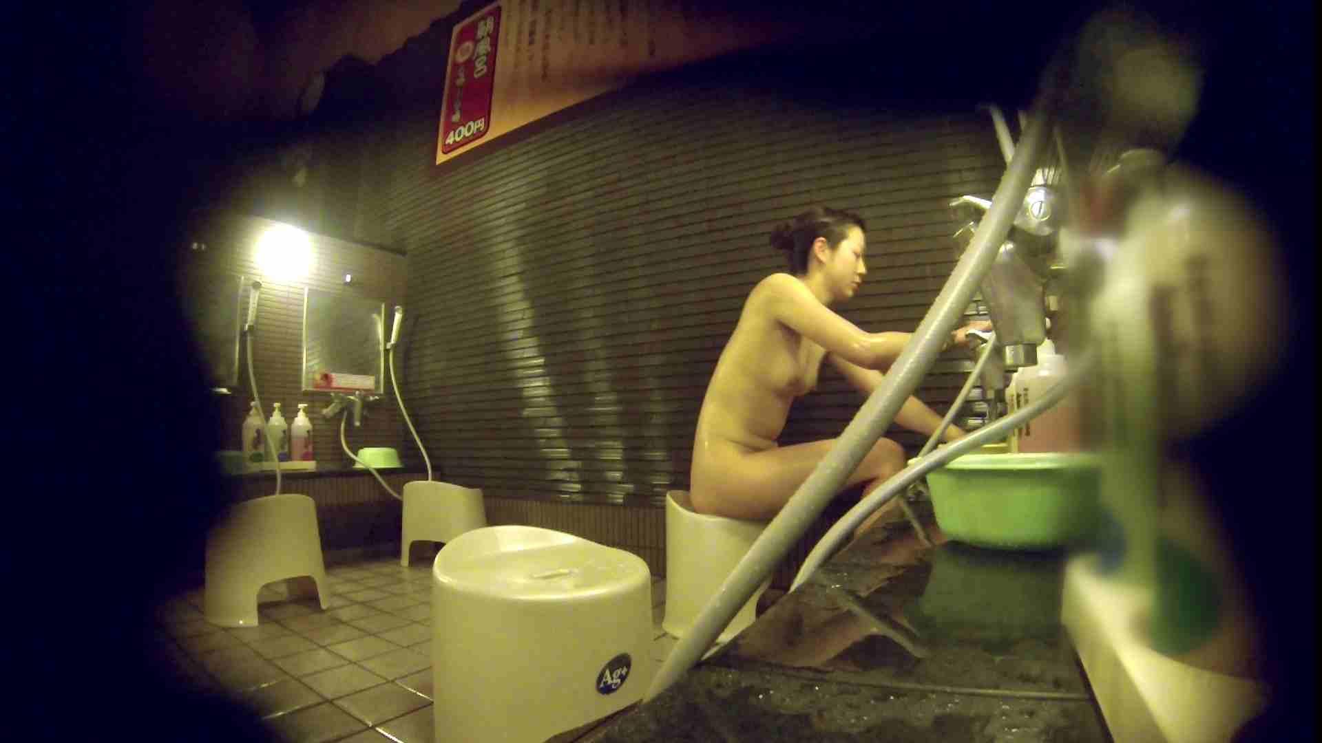 洗い場!しかし・・・綺麗な顔をしてますね。結婚したいな。 潜入エロ調査 | 銭湯  72連発 14