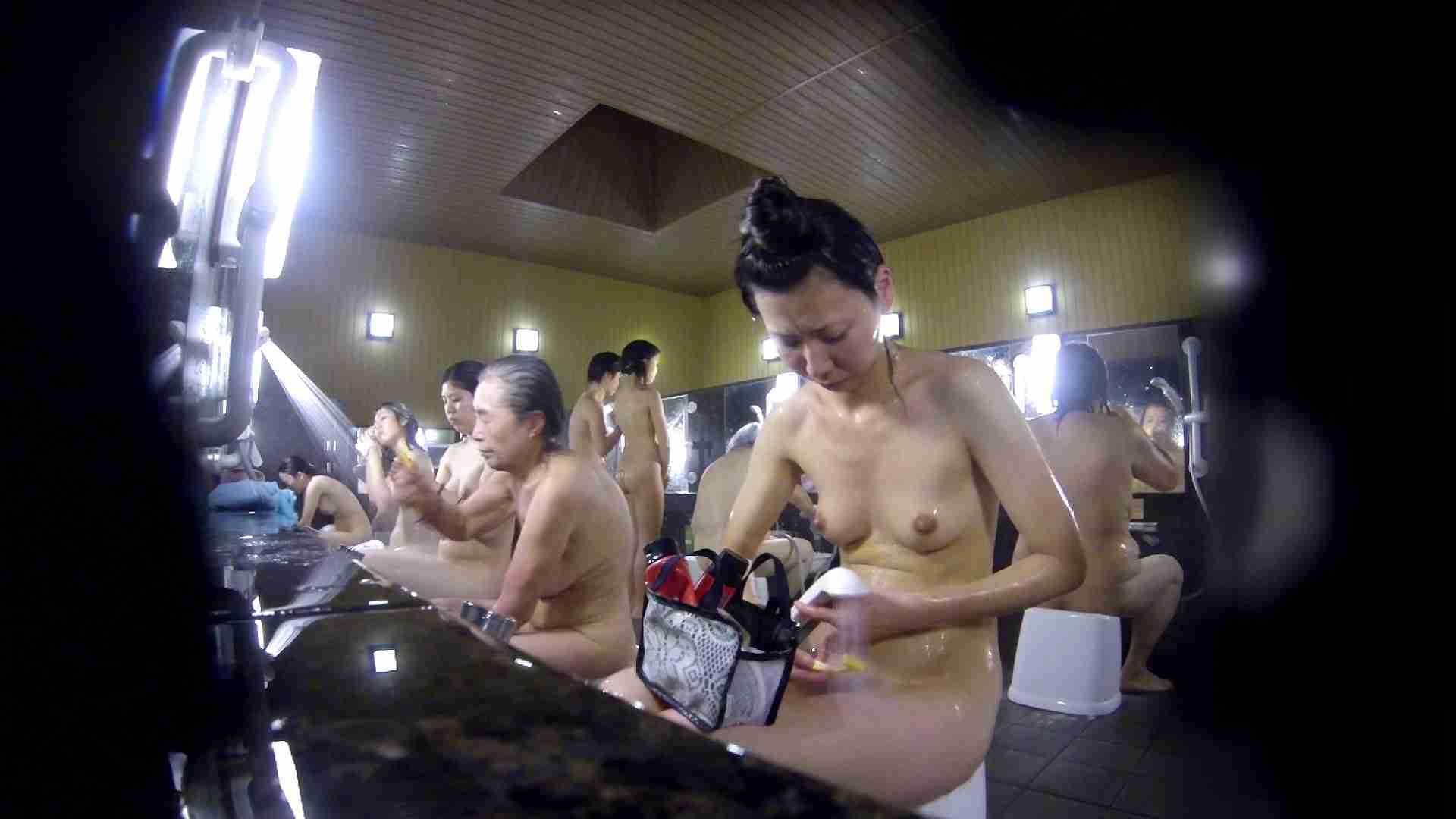 洗い場!だんご結びのお女市さん、色素が薄いです。 銭湯 | 潜入エロ調査  77連発 70