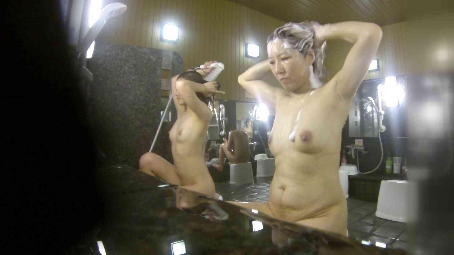 洗い場!崩れかけ?いや、崩れてます。。。 銭湯 | 潜入エロ調査  20連発 15