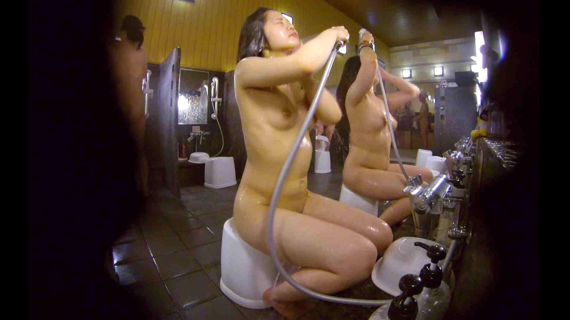 洗い場!ムッチリの2人組。美女ではないですが、触りたくなる体つき 銭湯 | 美女達のヌード  34連発 12