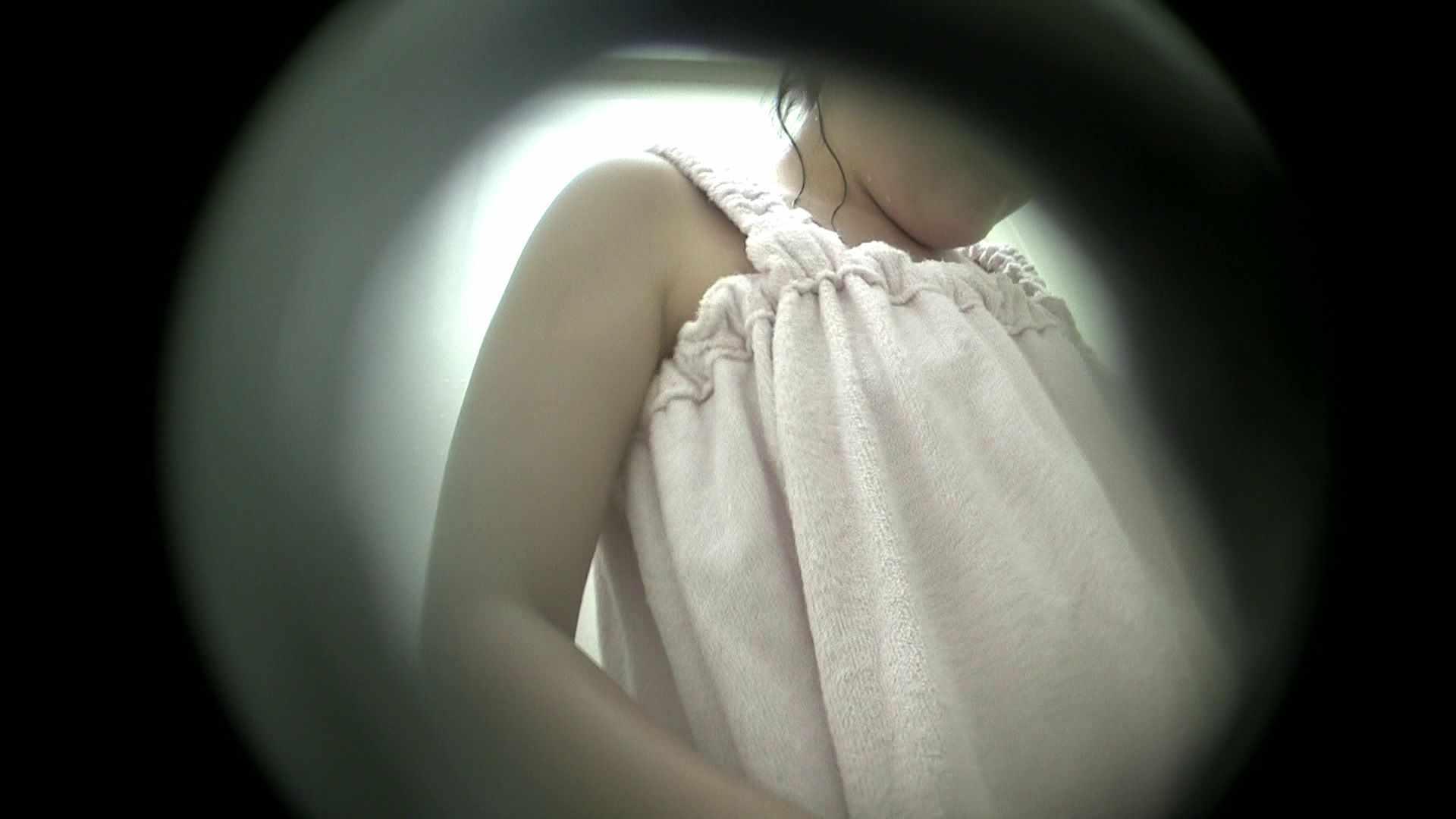 NO.38 いわゆる○女太り シャワー中 | シャワー室  26連発 24
