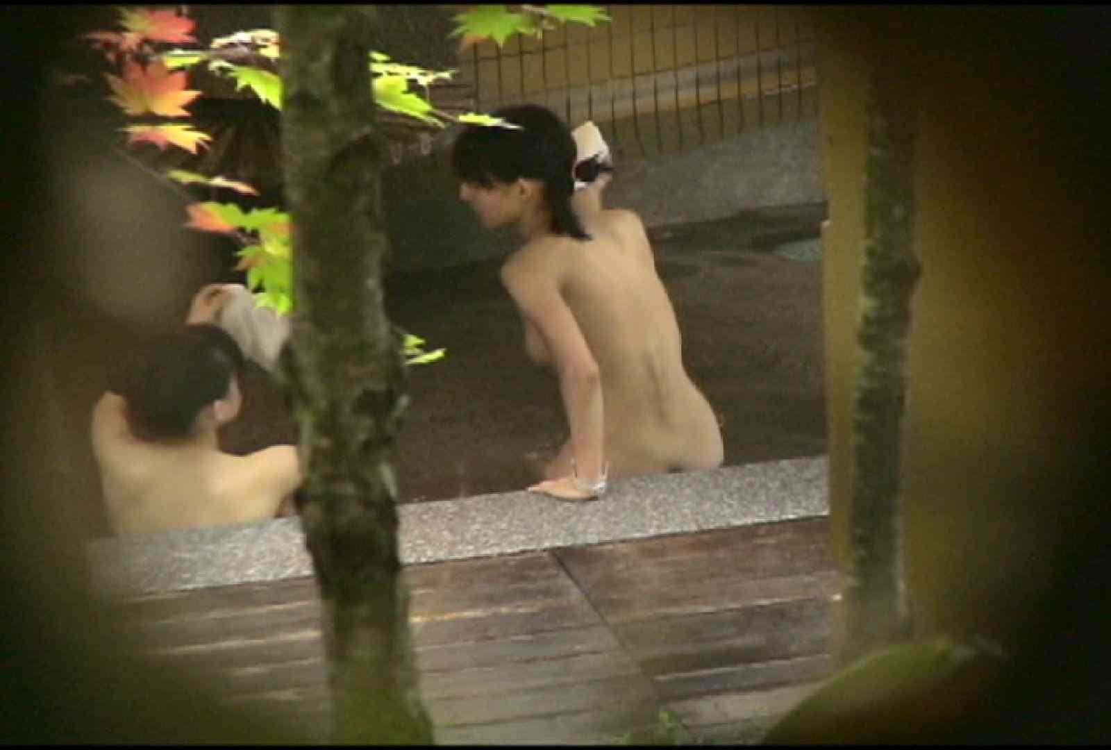 No.2 地味な2人、共に理想的な胸ですよ・・・しかし地味だ 美女達のヌード | 露天風呂の女達  67連発 2