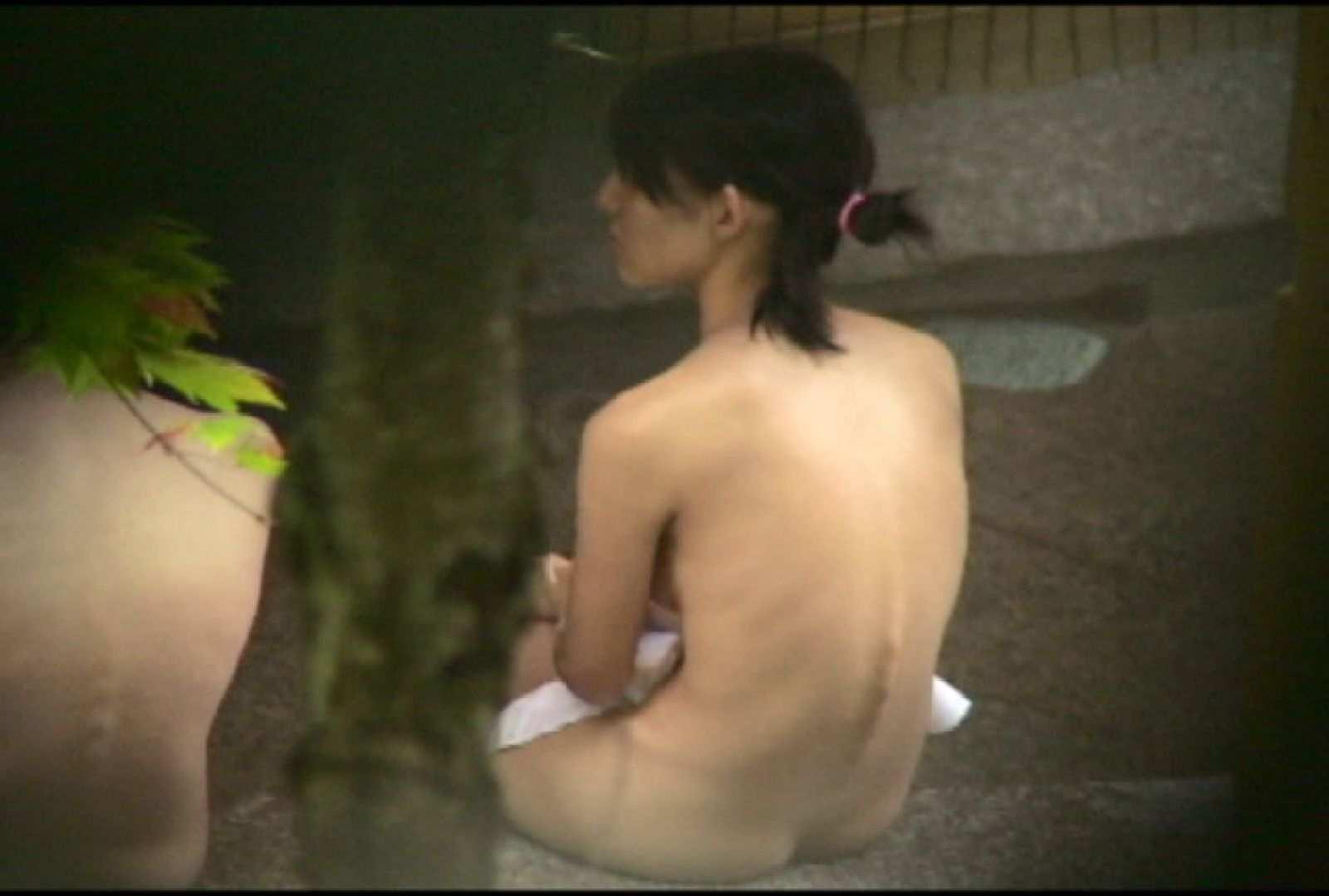 No.2 地味な2人、共に理想的な胸ですよ・・・しかし地味だ 美女達のヌード | 露天風呂の女達  67連発 40