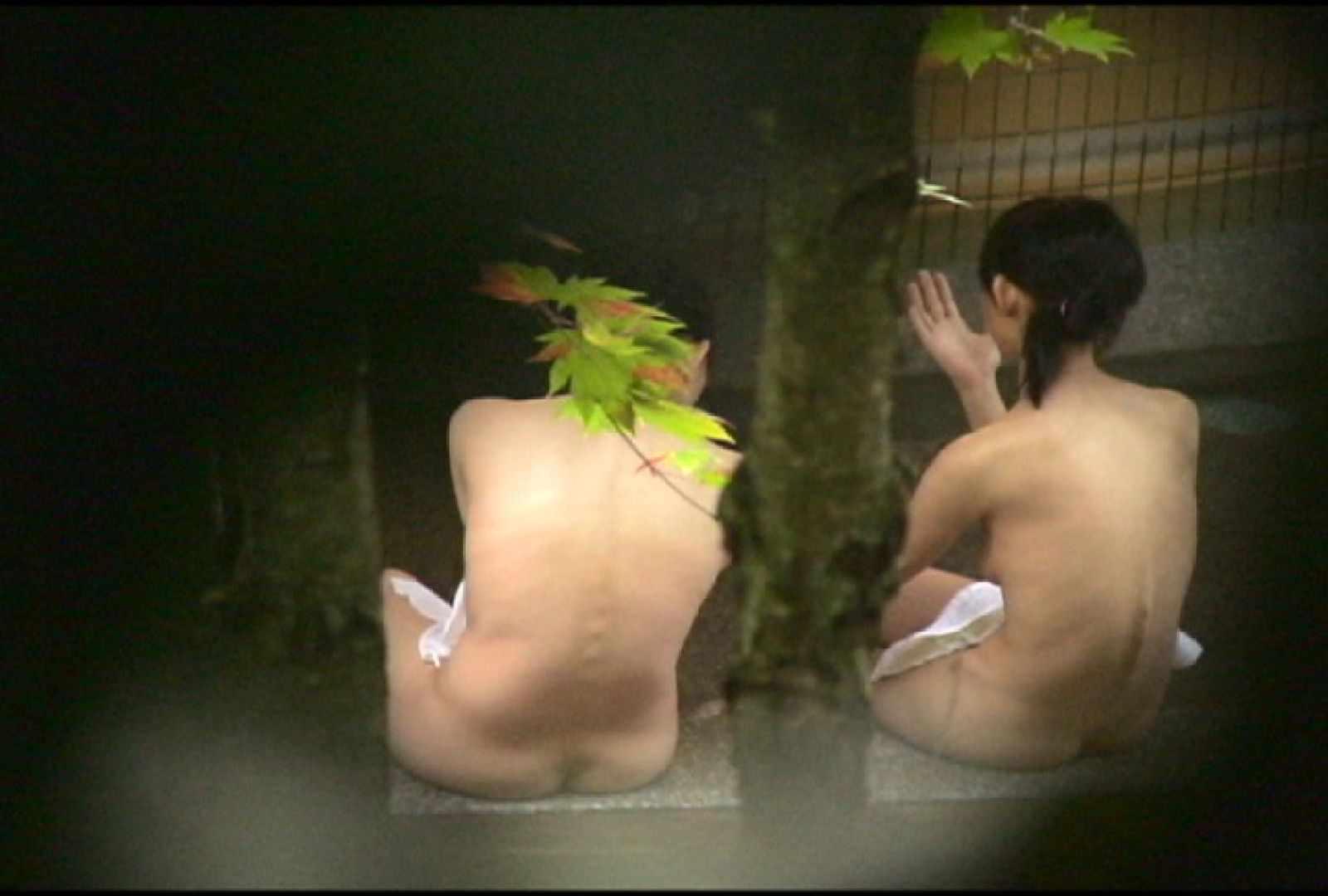 No.2 地味な2人、共に理想的な胸ですよ・・・しかし地味だ 美女達のヌード | 露天風呂の女達  67連発 47