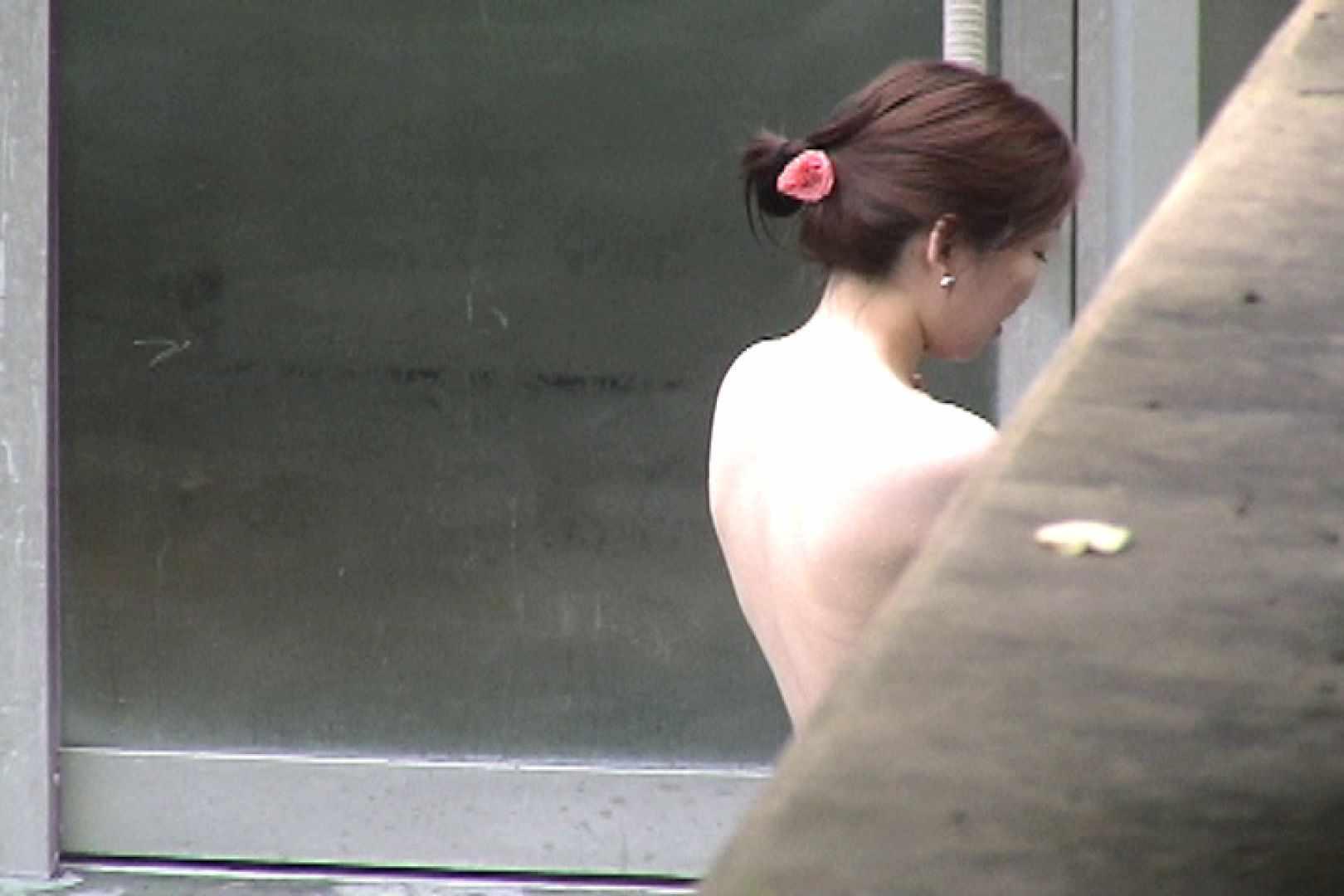 No.17 青い二人 美女達のヌード   露天風呂の女達  79連発 9