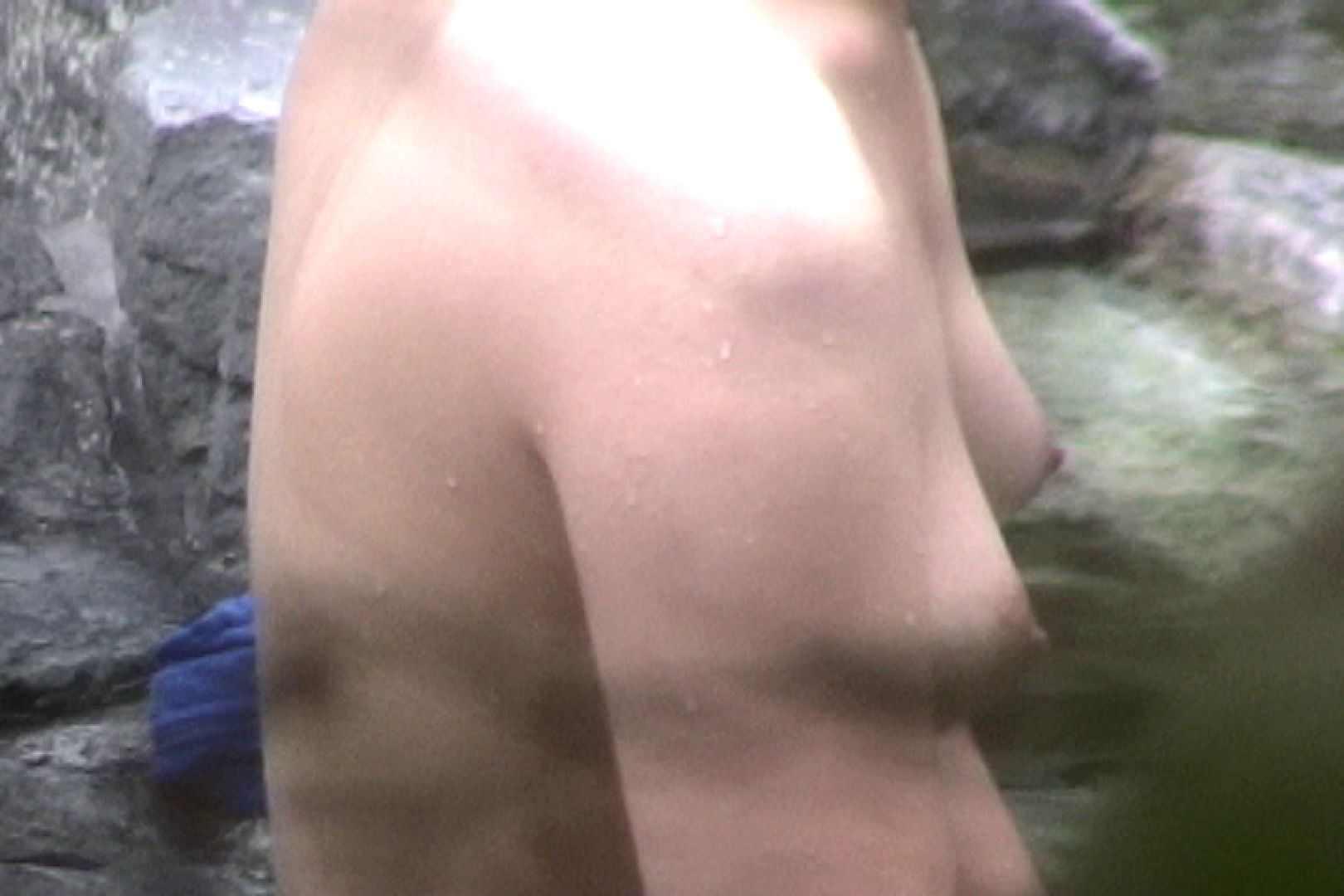 No.17 青い二人 美女達のヌード   露天風呂の女達  79連発 51