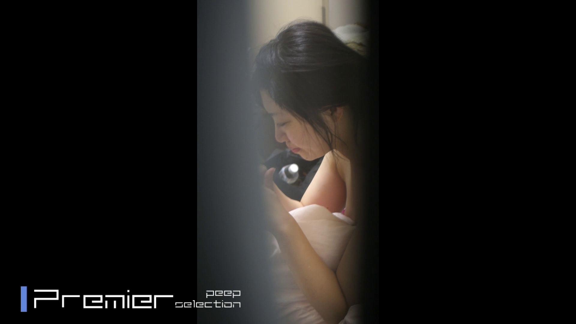 美女達の私生活に潜入!一人暮らし女子大生の部屋ヌード 女子大生達のヌード   潜入エロ調査  65連発 50