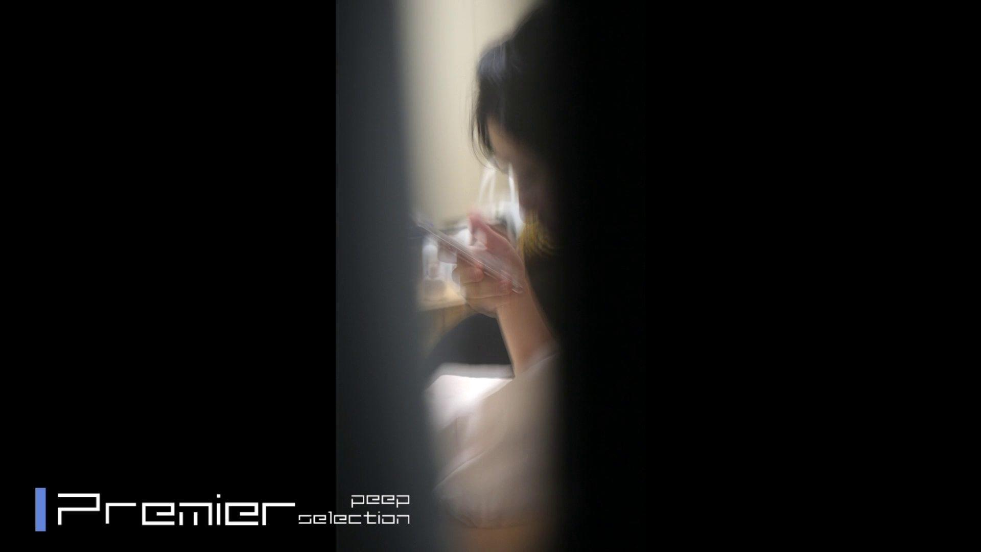 美女達の私生活に潜入!一人暮らし女子大生の部屋ヌード 女子大生達のヌード   潜入エロ調査  65連発 58