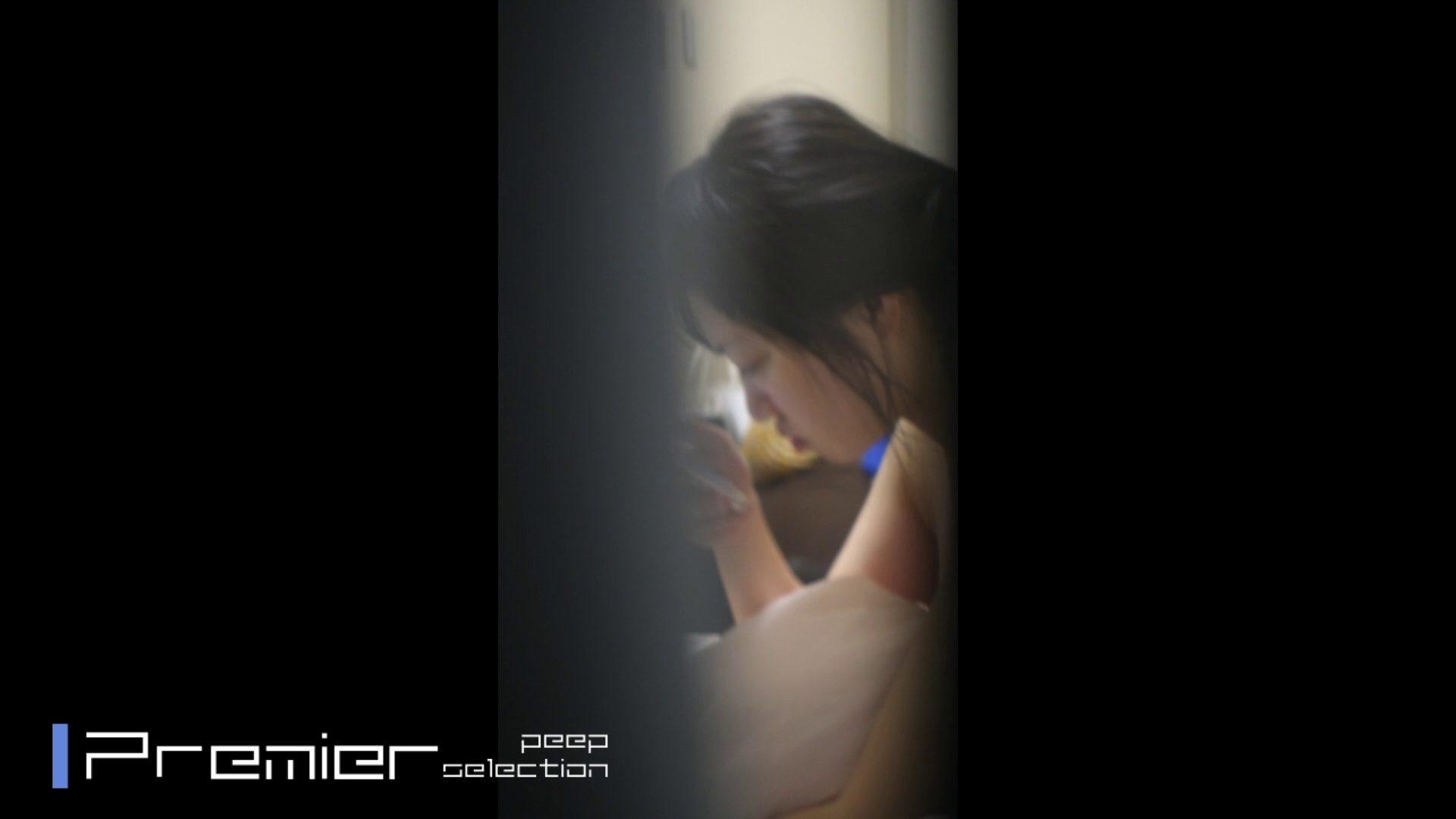 美女達の私生活に潜入!一人暮らし女子大生の部屋ヌード 女子大生達のヌード   潜入エロ調査  65連発 64
