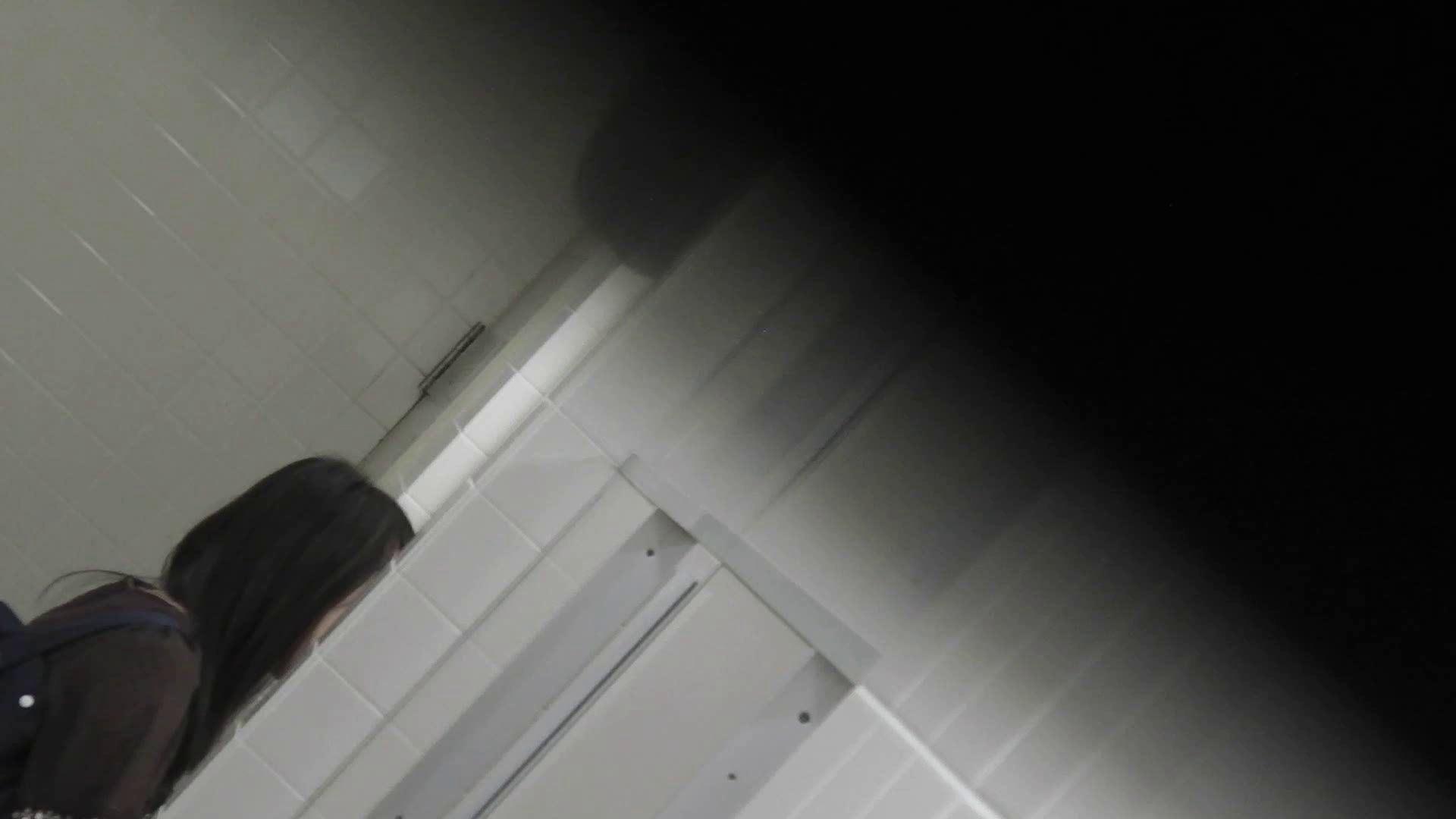 洗面所特攻隊 vol.001 清楚な美脚さん 洗面所着替え | OL  70連発 37