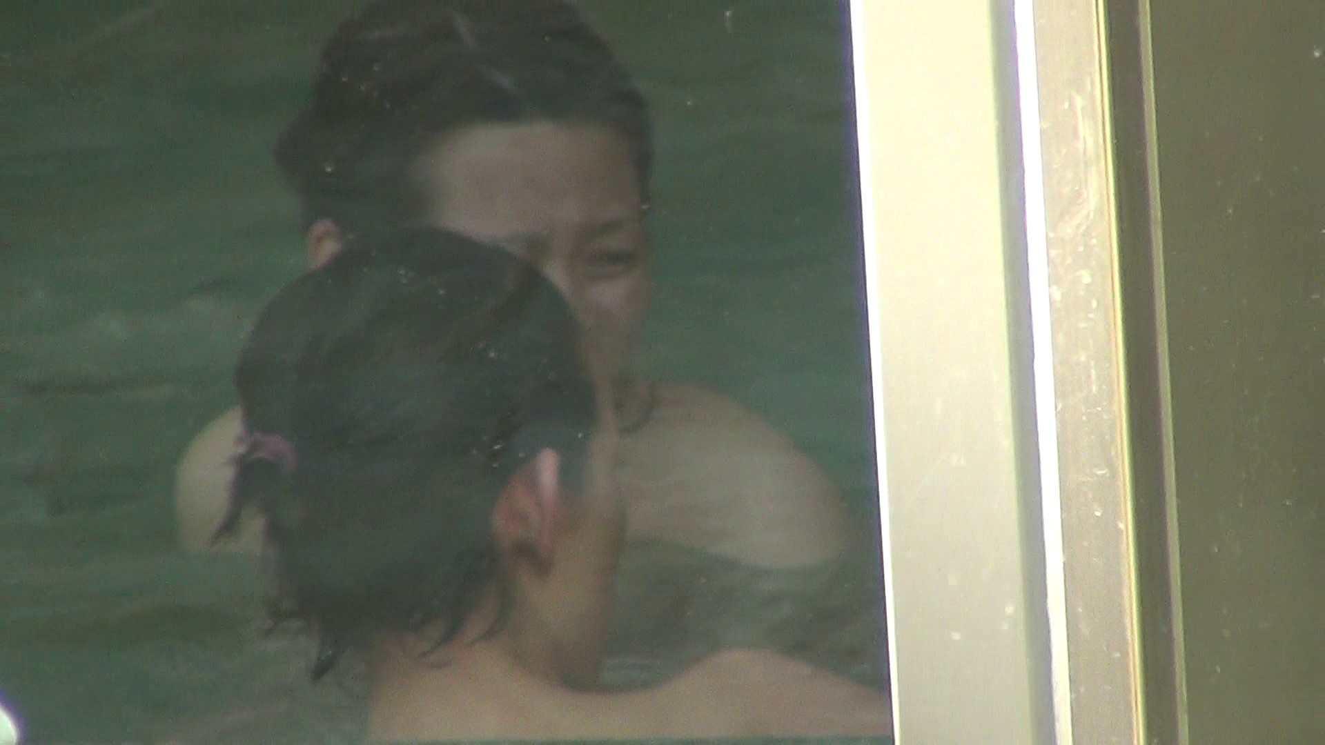 盗撮おまんこ Aquaな露天風呂Vol.303 のぞき本舗 中村屋