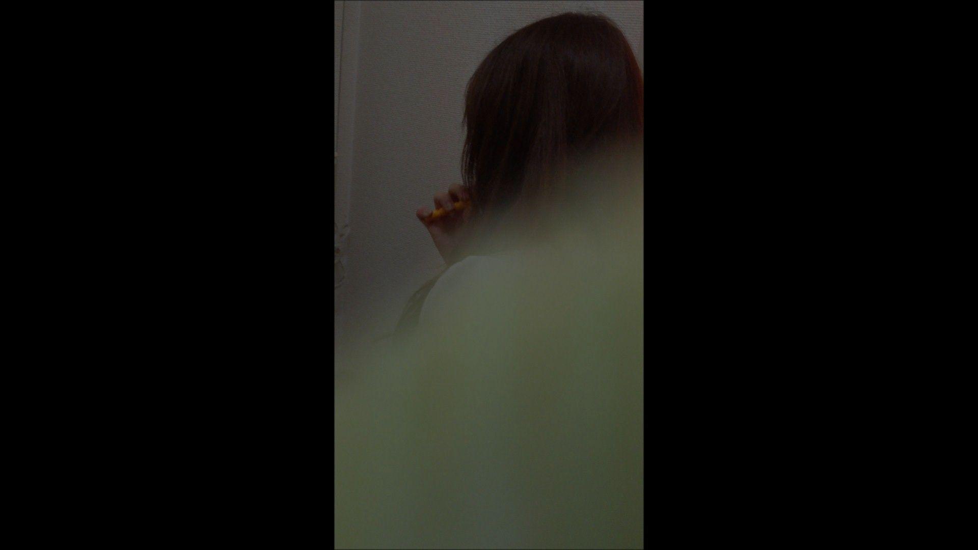盗撮おまんこ|08(8日目)メイク中の彼女の顔を撮りました!|大奥