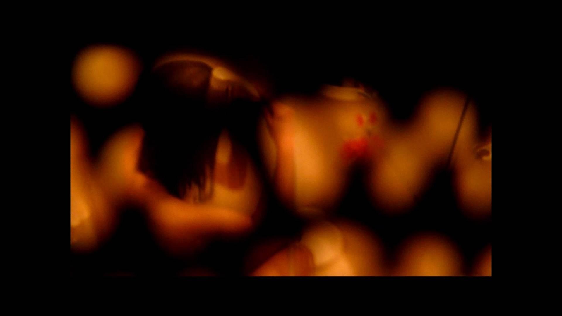 【02】ベランダに侵入して張り込みを始めて・・・やっと結果が出ました。 マンコ特集 | オマンコ丸見え  25連発 25