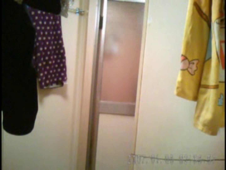 父親が自宅で嬢の入浴を4年間にわたって盗撮した映像が流出 盗撮エロすぎ | 脱衣所  47連発 14