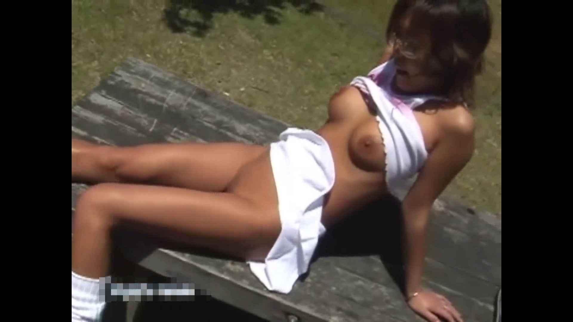 伝説の露出女神 特集8 熟女   盗撮エロすぎ  32連発 4